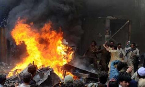 arsonists rioting