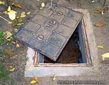 manhole open (2)