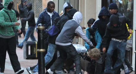 migrants beating up white