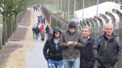 migrant eloi phone